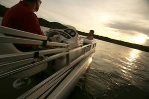 l_Fisher_Boats_Freedom_221_DLX_2007_AI-255472_II-11563168
