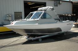 2014 - Fish Rite Boats - Sportsman Cuddy 18