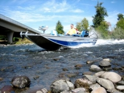 2011 - Fish Rite Boats - River Jet 21 Outboard