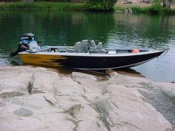 2013 - Fish Rite Boats - Rivermaster 19 Wide Outboard
