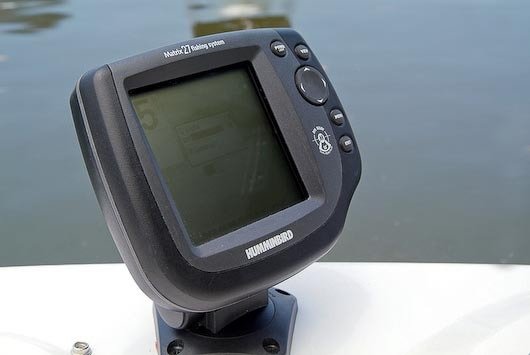 com_images_model_2009_h203_gallery_06_h203fs_fishfinder