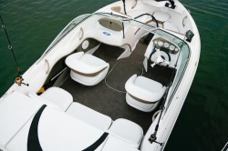 Four Winns Boats - H183