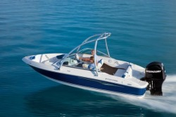 2011 - Four Winns Boats - H180 OB