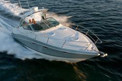 2011 - Four Winns Boats - V335