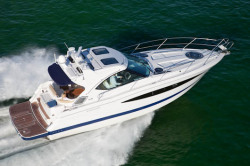 2011 - Four Winns Boats - V435
