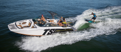 2018 - Four Winns Boats - TS242