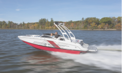2018 - Four Winns Boats - HD220 RS Surf