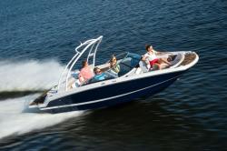 2020 - Four Winns Boats - HD200 Surf