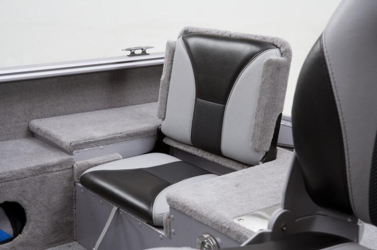 l_angler_v172_fs_flip_up_seats