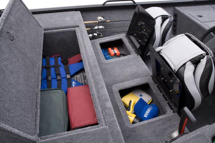 l_eagle_166_se_rod___gear_storage