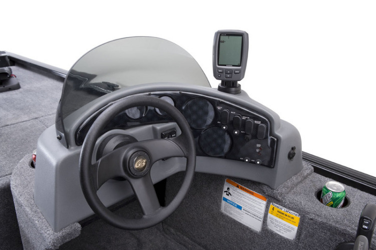 l_eagle_166_se_console_with_garmin