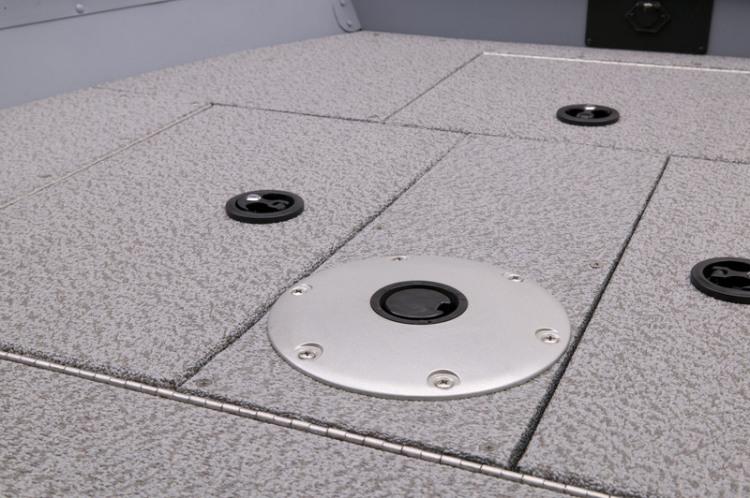 l_guide_v143_t_casting_deck_with_pedestal_base