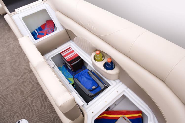 l_lx_22_c_lounge_storage
