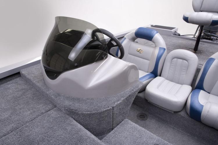 l_talon_17_dlx_passenger_seating