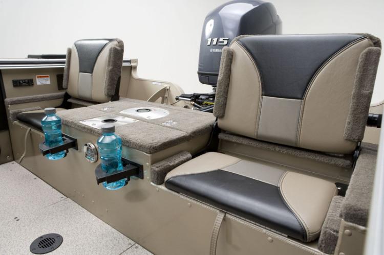 l_angler_v185_sf_flip_up_stern_seats