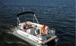 2009 - Gillgetter Pontoon Boats - 7518 XRE Cruise