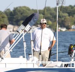 2010 - Gillgetter Pontoon Boats - 820 Fishmaster II