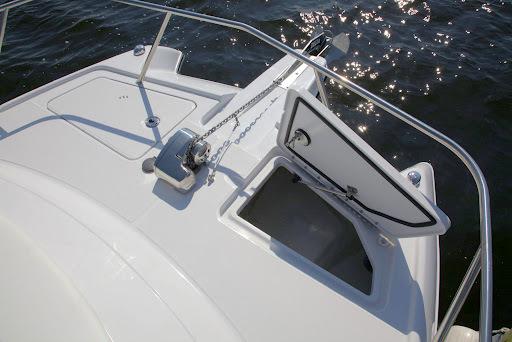 l_glacierbay2770_anchorlocker