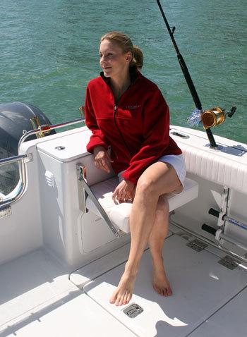 l_Glacier_Bay_Boats_3065_Canyon_Runner_2007_AI-235112_II-11275013