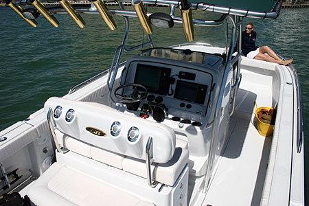 l_Glacier_Bay_Boats_3065_Canyon_Runner_2007_AI-235112_II-11275027