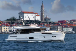 2020 - Greenline Yachts - 48 Fly