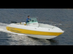 2013 - Grew Boats - 202 Center Console
