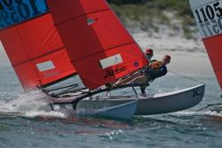 2011 - Hobie Cat Boats - Hobie 16