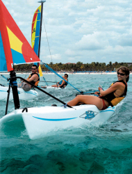 2017 - Hobie Cat Boats - Bravo