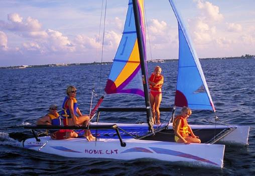l_Hobie_Cat_Boats_-_Getaway_2007_AI-255479_II-11563366