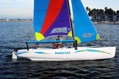 l_Hobie_Cat_Boats_-_Getaway_2007_AI-255479_II-11563374