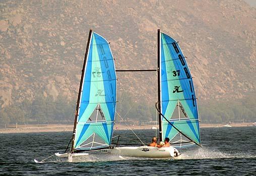 l_Hobie_Cat_Boats_-_Trifoiler_2007_AI-255518_II-11564063