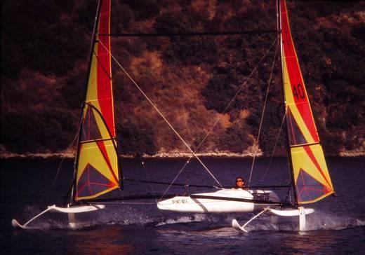 l_Hobie_Cat_Boats_-_Trifoiler_2007_AI-255518_II-11564086