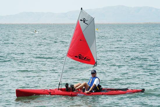 l_Hobie_Cat_Boats_-_Mirage_Adventure_Fish_2007_AI-255471_II-11563139