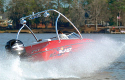 2014 - Interceptor Boats - 17EBo Blast
