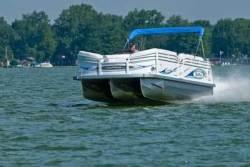2011 - JC Pontoon Boats - NepToon 23 Sport TT