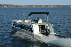 2014 - JC Pontoon Boats - SunToon 23 TT