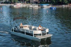 2015 - JC Pontoon Boats - Spirit 221