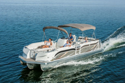 2015 - JC Pontoon Boats - SunToon 28 TT