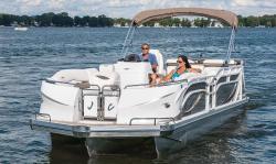 2017 - JC Pontoon Boats - Triton Classic 266 OB