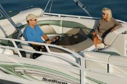 JC Pontoon Boats SunToon 21 Pontoon Boat
