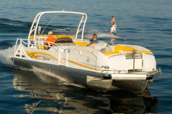 JC Pontoon Boats - TriToon 246 IO