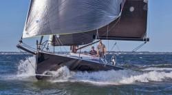 2018 - J Boats - J121