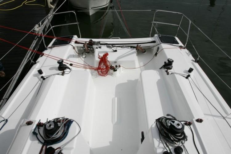l_boat-sun-fast-3200_interieur_20120126100524111