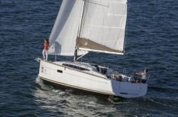 2015 - Jeanneau Sailboats - Sun Odyssey 349