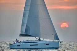 2019 - Jeanneau Sailboats - Sun Odyssey 410