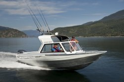 2015 - Kingfisher Boats - 2025 Discovery HHT