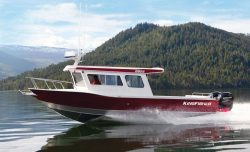 2020 - Kingfisher Boats - 2825 Coastal Express