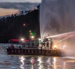2018 - Lake Assault Boats - Huntington 36 Fireboat