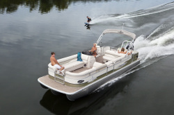 2011 - Landau Boats - 2700 Signature