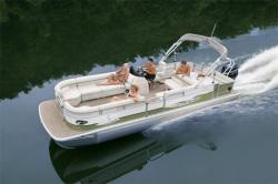 2011 - Landau Boats - 2500 Signature